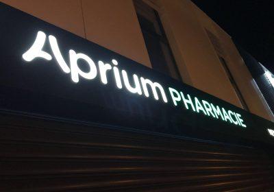 Enseigne lumineuse pour Aprium Pharmacie